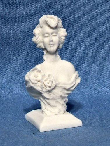Isabella Rose Bust ©